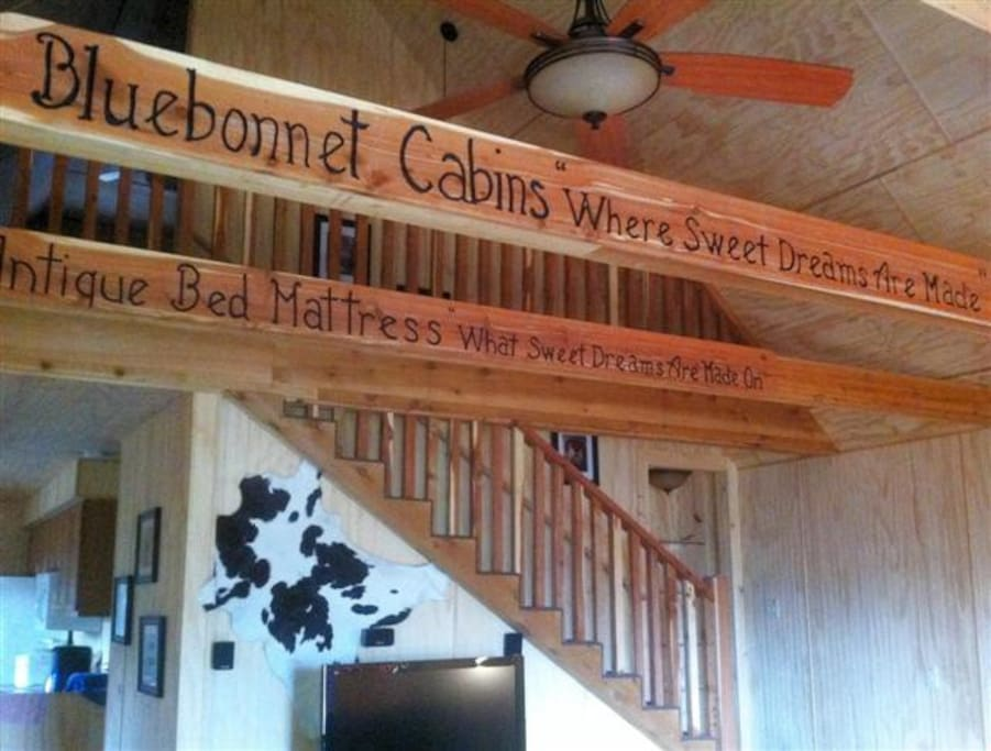 Bluebonnet Cabin Great Room