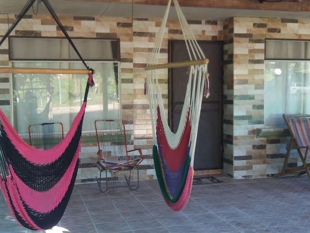 Casa de Campo Hidalgo,cerca de 4 playas 5 minutos.