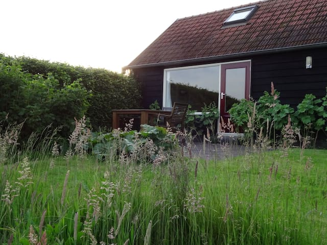 vakantiehuisje met veel lichtinval - Oosterstreek - Houten huisje
