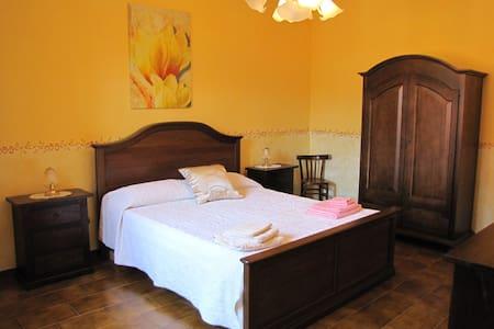 Nice room in Domusnovas - Domusnovas