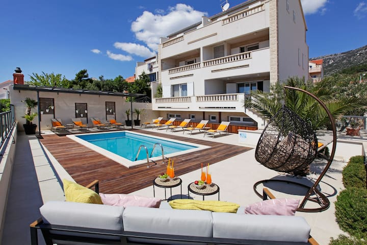 ****Sea view terrace, pool, 2 bedrooms - Anna 2