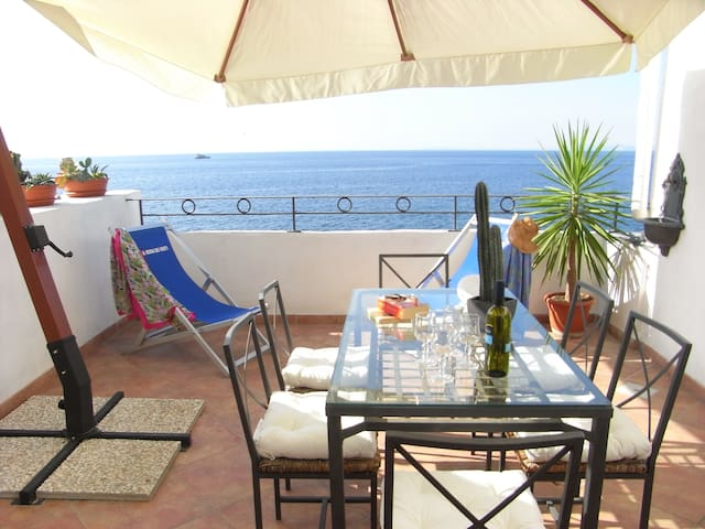 Villa Tramontana Sorrento Coast mar