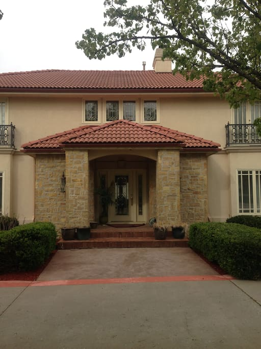 Cali Mission Mansion Rent The Upstairs 3 Rooms Houses For Rent In Lawren