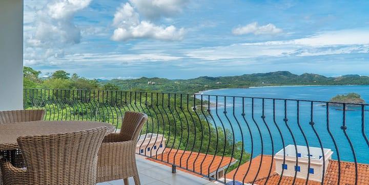 Amazing Ocean View!! Luxury Condo Flamingo Towers