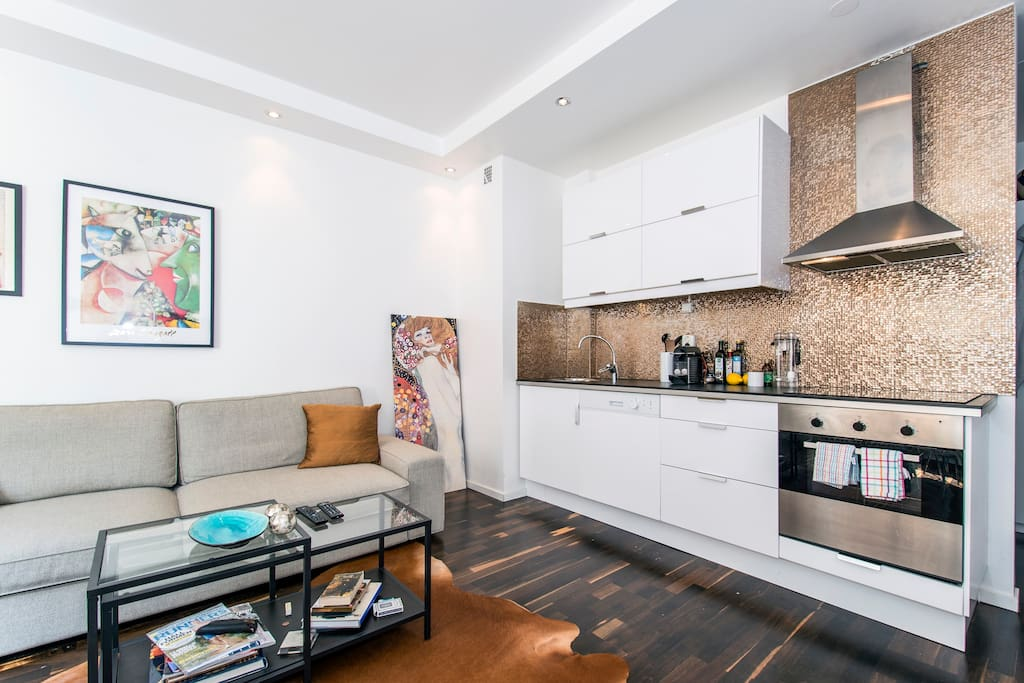 Great apartment and location