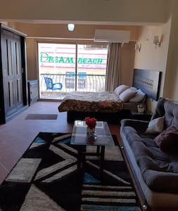 Entir home flat with view C9