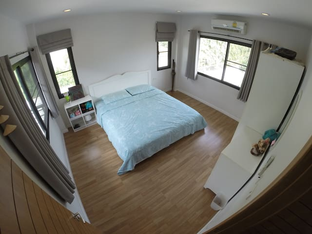 A room in cozy home near JJ market. - Chatuchak - Rumah