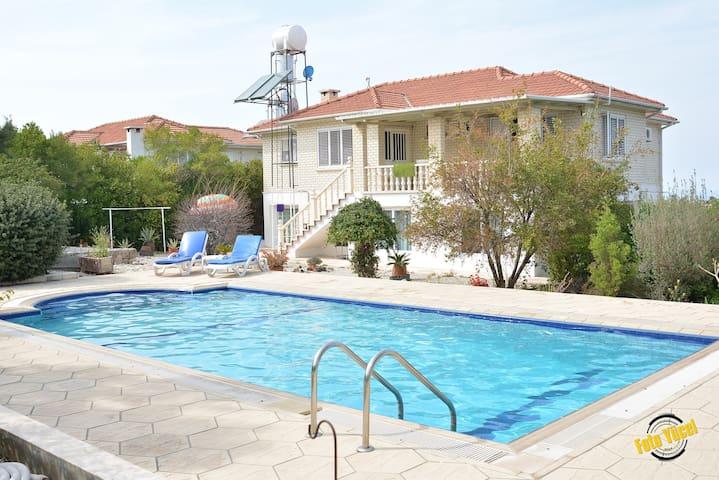 Buffavento Villa