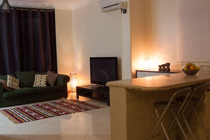 A homely 3 bed apartment in quiet location - New Cairo City - 公寓