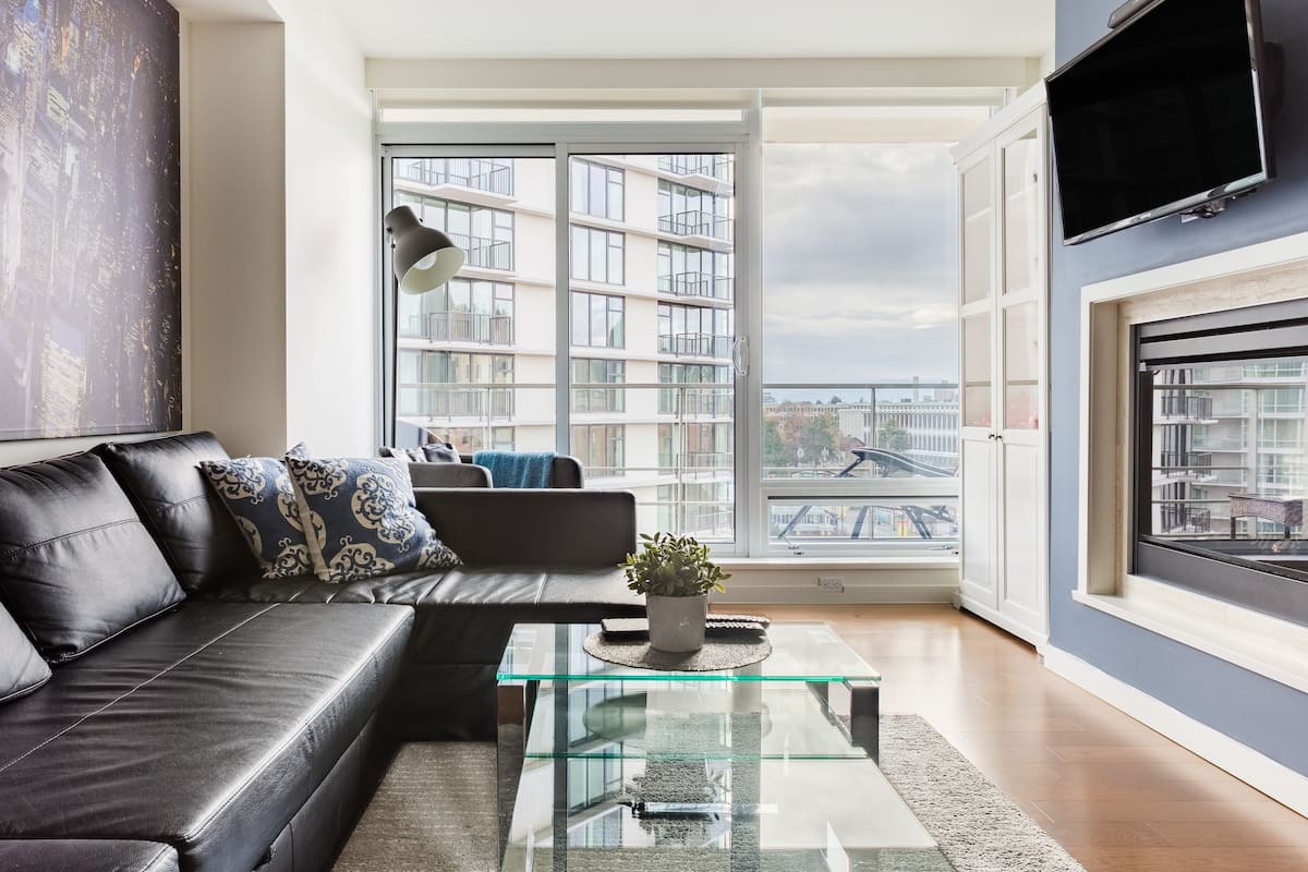 Stunning Views and Modern Luxury Overlooking the Empress