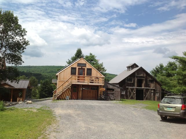 Cozy new studio with mountain view - Westford - Wohnung
