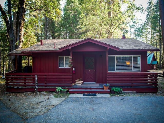 Camp Chilnualna Cabin 6 in Yosemite National Park