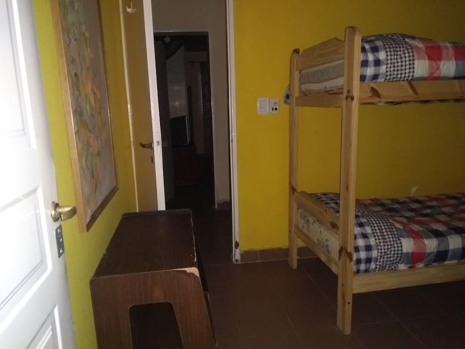 Pasillo a dormitorio mat. casa