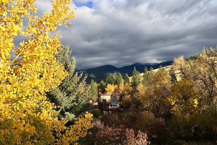 Upper Rattlesnake Aspen View Room