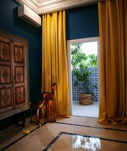 Luxury Exotic Home, Tunis center city...