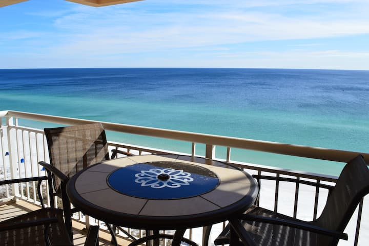 Destin Towers 14th Floor- Remodeled - Beachfront