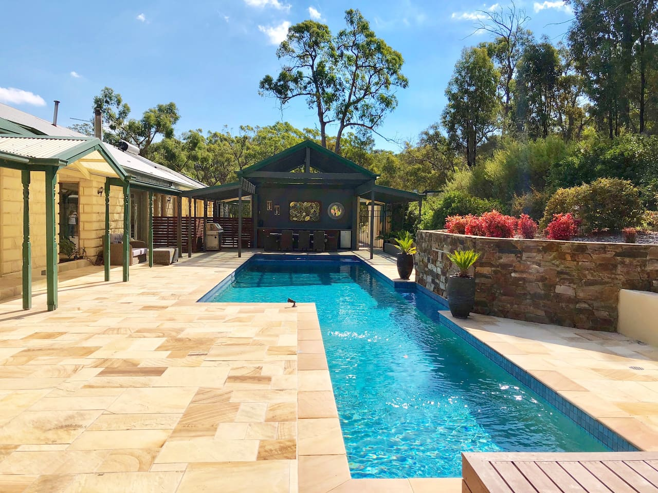 Wirrabara House features a beautiful salt water pool, BBQ entertaining area and relaxing salt water spa.