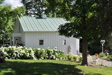 White Cottage Farm Guest House