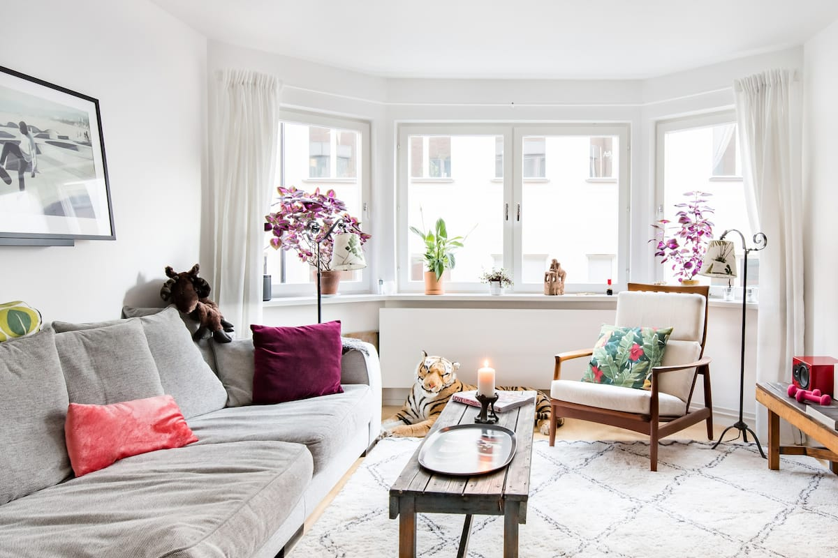 Fun and Vibrant Apartment on Artsy Södermalm Island