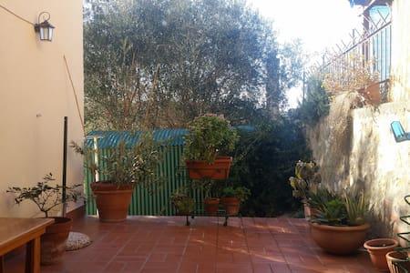 Casina in Maremma, a Capalbio, a pochi km dal mare