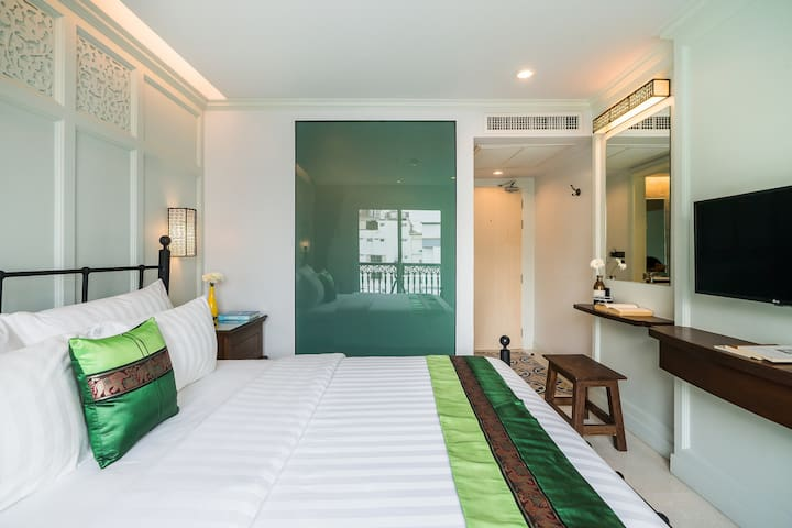 Quiet&new boutique hotel in Khao San-Deluxe King