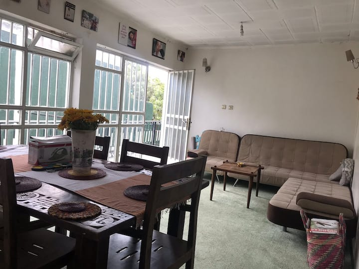 Beautiful furnished 1queen & 1sofabed 5min airport