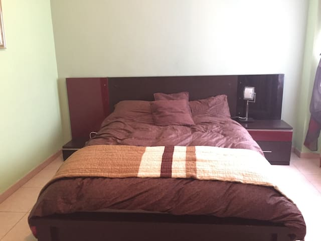 Big cosy, silent, double room for 2 - Arganda del Rey