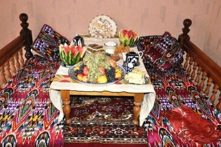 У нас уютно и весело - Республика Таджикистан, Согдийская область, Айнинский район, поселок Айни
