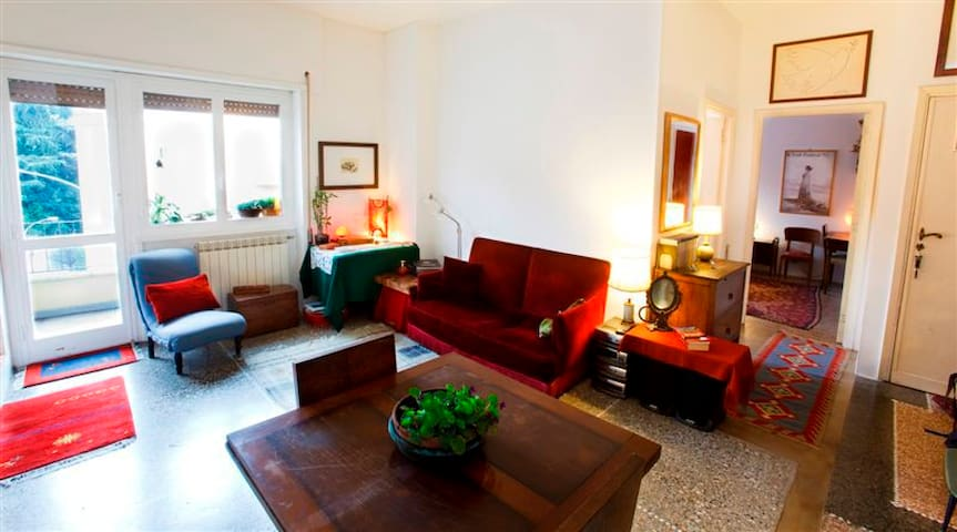 Charming Apartment near Trastevere - Rom - Lägenhet