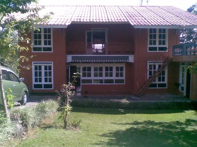 Villa SENTEBALE