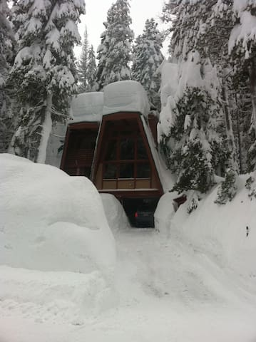 Serene Lakes Cabin on Donner Summit - Soda Springs - Dom