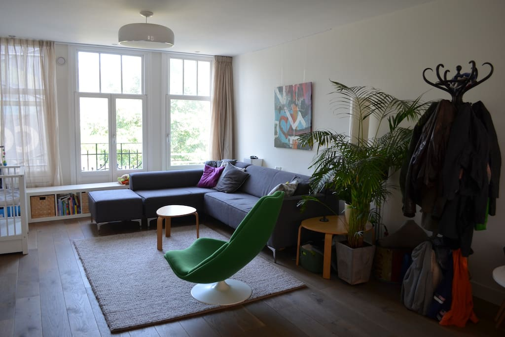 Spacious (+50 m2) living room with beautiful view on Westerpark