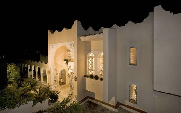 Marbella EXCLUSIVE Mansion OTOLNG - Marbella - Villa