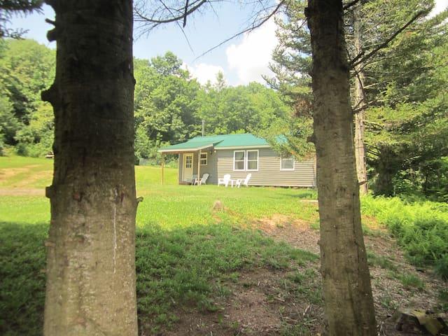 Liberatore Cottage - Roxbury - Rumah
