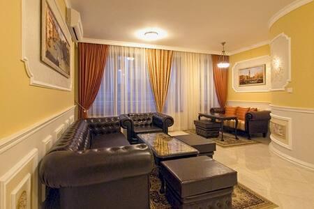 """Luxury hotel apartment  """"Venice-1"""" - Sofia - Apartmen"""