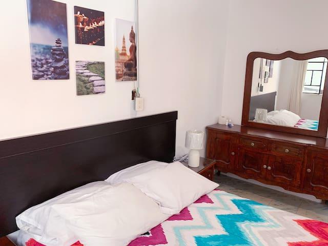 Room 2 Zentrica