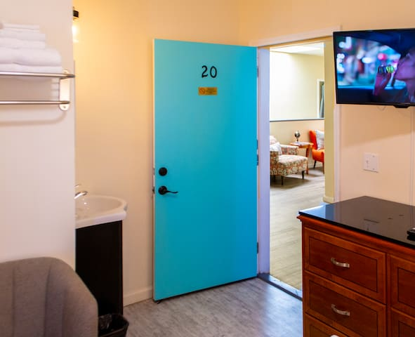 Room 20 at Anchor Pointe Inn