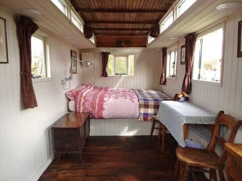 Showman's Wagon in Cottage Garden