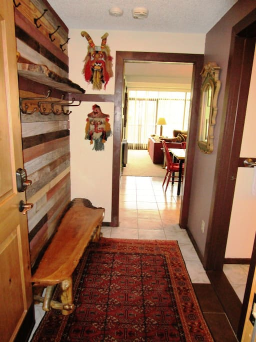 Entry / Mud Room