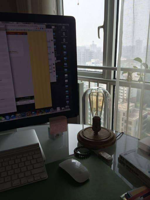 有舒服的办公桌