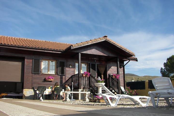 Casa de Madera con Piscina  - Torremocha De Jarama - Hus