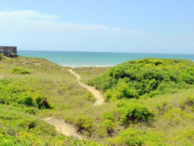 Affordable Oceanfront 3br Charmer - Salter Path - Casa