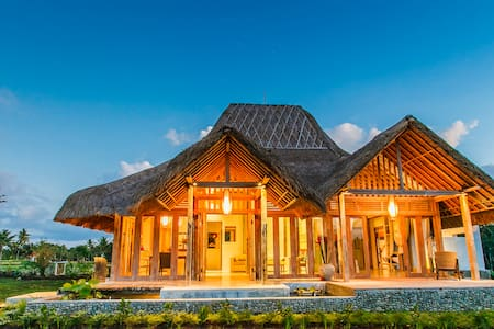 Bennu House - Most Elegant Design Villa in Ubud