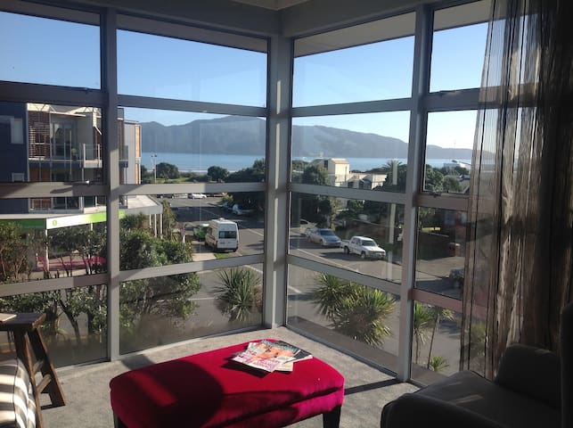 Top Floor Bed and Breakfast - Paraparaumu - Bed & Breakfast