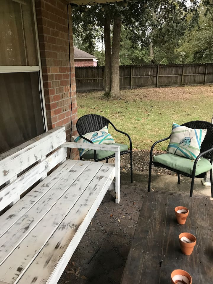 Porch sitting space
