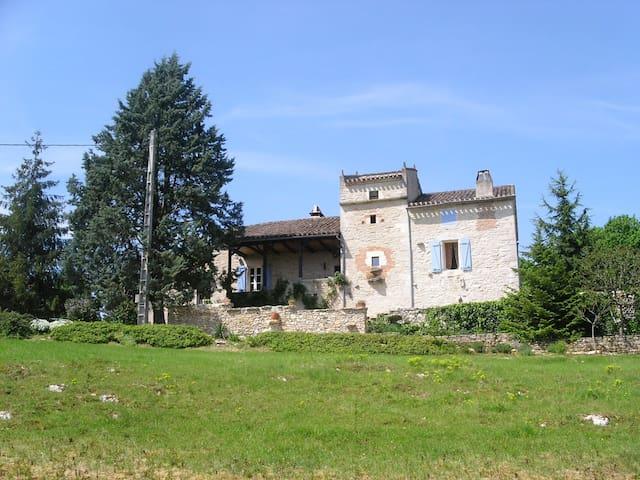 A 10 mn de St-Cirq-Lapopie Chambre d'hôtes - Saint-Géry - Leilighet