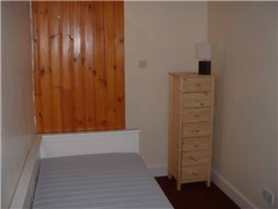 Bedroom with pull out double bed