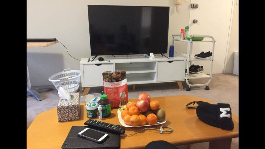 Private room available in Burwood close to CBD