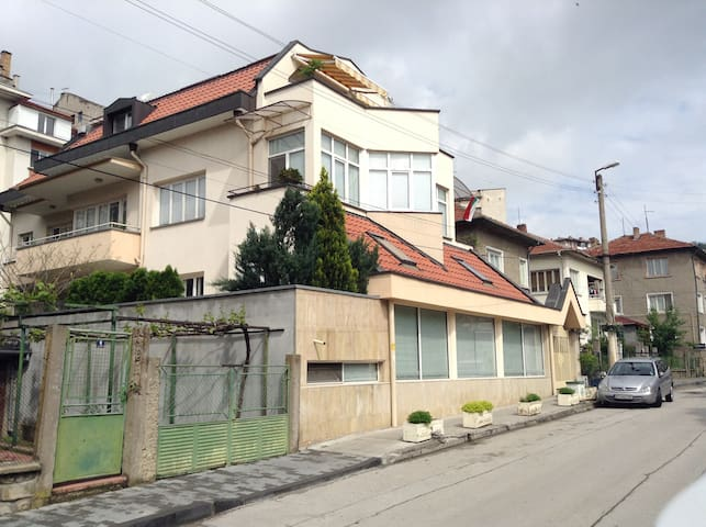 GuesthouseDiel single room - Veliko Tarnovo - House