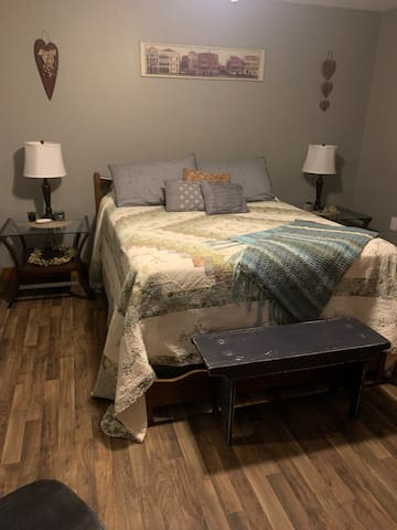 Bedroom 1 - queen sized bed, plenty extra sheets, blankets, comforters and pillows.